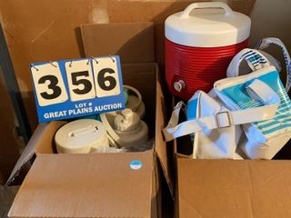 lot of Assorted Insulated Items