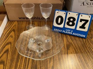 lot of stemware With Plate