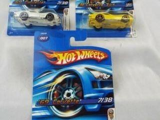 Hot Wheels 2005 Corvettes  3