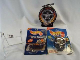 Hot Wheels Tin Case  Keychains  2
