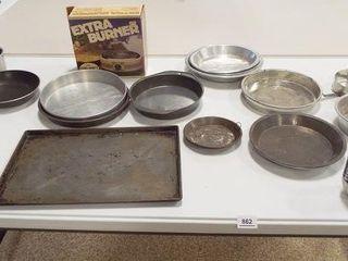 Pots  Pan  Ten Jello Molds   1 Medium Box