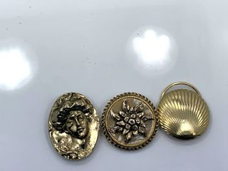 lot of 3 Fashion Brooches