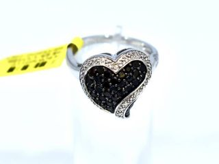 NWT 10k White Gold Heart Shaped Ring with Black and White Diamonds