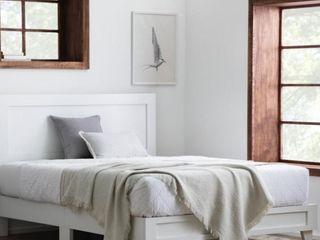 Classic Framed Wood Platform Bed   King