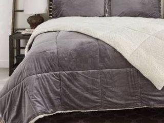 Reversible Fauxfur  Sherpa Down Alternative Filled Comforter Set  Retail 131 49