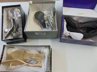 4 ladies Dress shoes   ladies 7 and 8