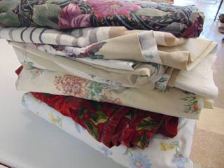 Bed Sheets   Table runner