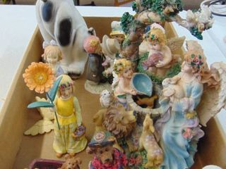 Assorted lot of Figurines   Keepsakes