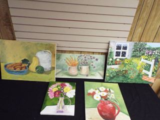 lot of various 5 canvas arts