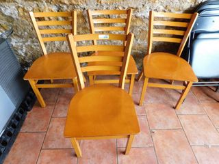 lot Of 4 Metal Chairs With Wood Seat