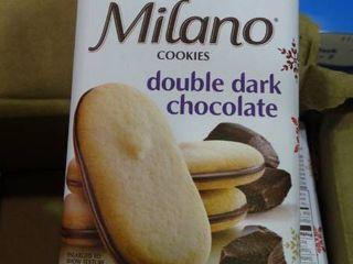 lot of Milano Cookies