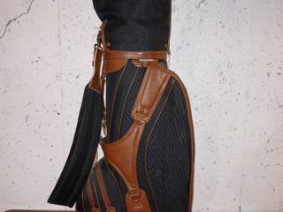 Really Nice Knight Golf Bag In Great Condition With Vintage Clubs And Other Accessories