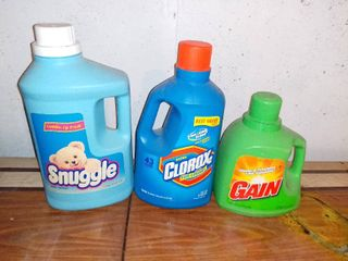 3 Full Bottles of laundry Detergent Snuggle Clorox and Gain