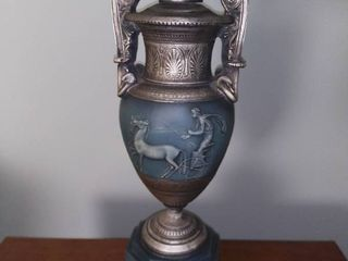 Vintage Roman Style lamp With Horse and Chariot