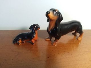Pair of Ceramic Dachshund Figures Made in England  Beswick