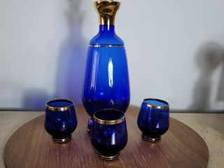 Cobalt Blue Decantwr with 3 Shooters   Decanter lid is Cracked Needs Repair