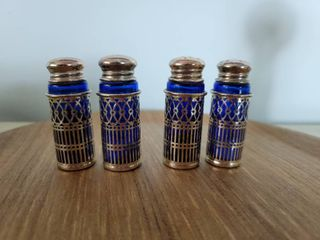 2 Sets of Japanese Salt and Pepper Shakers   Blue Tone 8