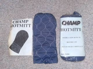 Pair of Champ Hotmitts