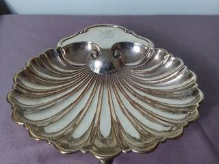 Silver Plated Shell Shaped Decorative Bowl with Fish Shaped Feet