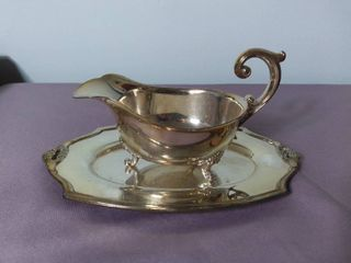 lot of 2 Eternally Yours Rogers Brothers Silver Plated Gravy Bowl with Matching Serving Plate