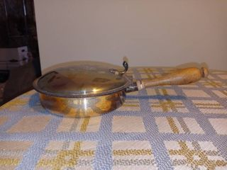 Vintage Metal Crumb Catcher With Wooden Handle In Excellent Condition
