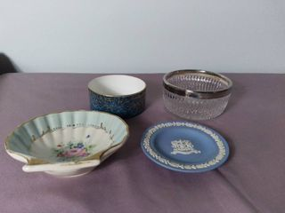 lot of 4 Ceramic and Glass Plates and Dishes   City of london  Royal Worcester Fine Bone China