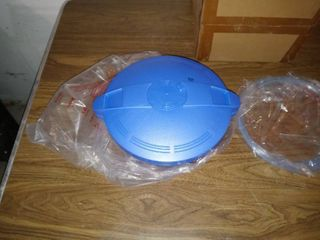 Nice Microwave Pressure Cooker Still In Box