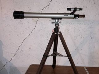 Vintage Jason Explorer 400 Telescope In Excellent Condition With Star Map Book And Accessories