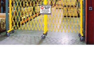 652923 Barricade Security Gate
