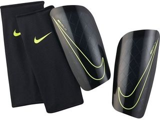 Nike Mercurial lite Soccer Shin Guards Medium