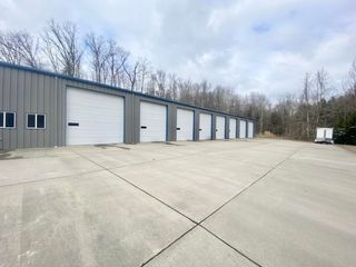 11,000 sqft Commercial Building Minutes from I-79 in Charleston