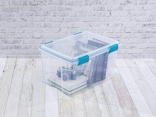 STERIlITE 54 QUART BOX  AQUARIUM lATCHES AND