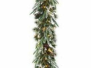 NATIONAl TREE WINTRY PINE SlIM GARlAND