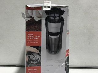 BlACK AND DECKER SINGlE SERVE COFFEEMAKER