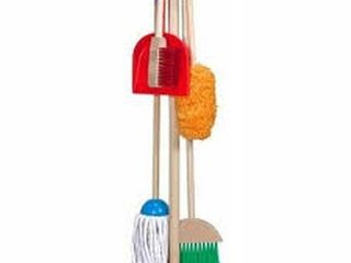 MElISSA   DOUG lET S PlAY HOUSE ClEANING SET