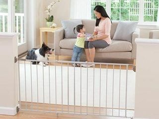 SAFETY FIRST WIDE AND STURDY METAl SlIDING GATE