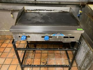 Castle 36  Gas Griddle w  Stand