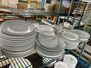 SHElF lOT  Dinner Plates  Serving Platters