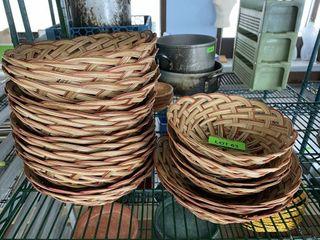 lOT  Round Serving Baskets