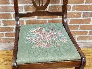 Vintage lire Back Chair w  Tapestry Material Seat   16 x 18 x 32 in  tall