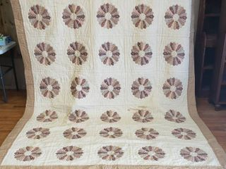 Quilt with Two Matching Throw Pillows   110 in  x 86 in