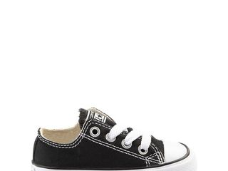 Toddler Converse Chuck Taylor low Top Sneaker  Size 7 M   Black