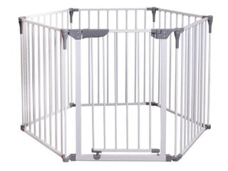 DREAMBABY Royale 3 N 1 Convertible Play Yard Safety Gate Fireplace Barrier in White
