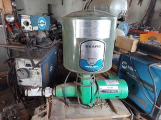 Sears Shallow Well Water Pump with Tank
