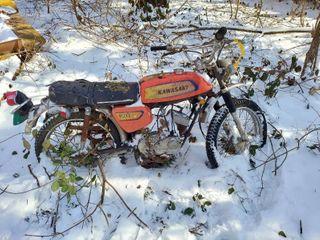Kawasaki 100 Motorcycle   No Title
