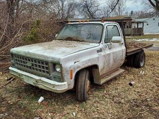 Chevy Custom Deluxe 30 Dually Truck with Flatbed   No Title  will have Bill of Sale
