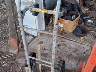 2 Wheel   4 Wheel Dolly   Tires Needs Repaired