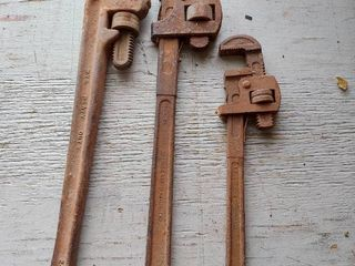 3  Pipe Wrenches    2  24   1  18