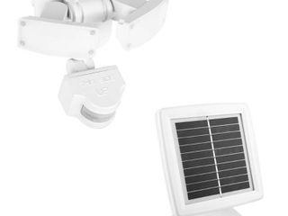 Defiant 500 lumens 180 Degree White Solar Powered Motion Activated Outdoor Integrated lED Flood light