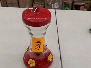 USED   DAMAGED Hummingbird feeder